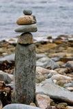 Disposizione di pietra equilibrata Immagine Stock Libera da Diritti