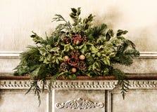 Disposizione floreale di natale del Victorian di Grunge vecchia Fotografia Stock