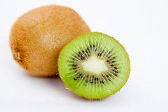 Disposizione isolata del kiwi Immagini Stock