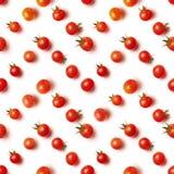 Disposizione piana di bello pomodoro ciliegia senza cuciture d'avanguardia del modello Fotografia Stock Libera da Diritti