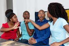 Disputa del gruppo di gente afroamericana fotografia stock
