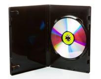 Disque de DVD dans la valise ouverte d'isolement sur le fond blanc images stock