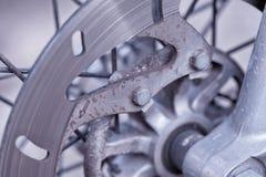 Disque de frein aéré par avant d'une moto Photos libres de droits