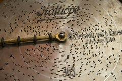 Disque de musique en métal de vintage pour la boîte à musique mécanique Photographie stock