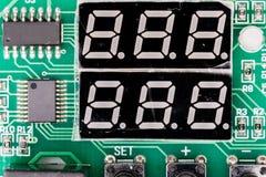 disque transistorisé d'affichage de Sept-segment, ou indicateur, dispositif de visualisation électronique pour montrer des chiffr Photo libre de droits
