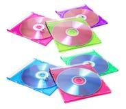 Disques compacts dans les boîtiers en plastique Images stock
