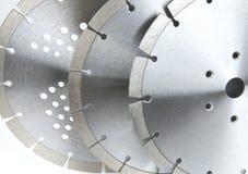 Disques de coupe avec les diamants - disques de diamant pour le béton d'isolement sur le fond blanc Image libre de droits