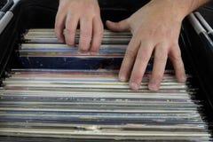 Disques vinyle de recherche images stock