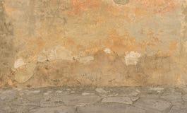 Disrepair external ściana obraz stock
