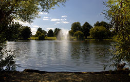 Diss Mere fountain and Park Stock Photography