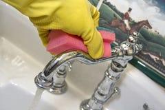 Dissipador da limpeza Imagens de Stock Royalty Free