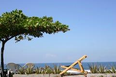 Distenda alla spiaggia fotografia stock