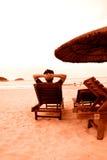 Distenda sulla spiaggia Fotografie Stock Libere da Diritti
