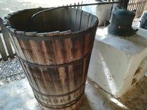 Distilleria casalinga del brandy in Romania fotografia stock