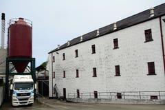 Distilleria del whiskey, Bushmills, Irlanda del Nord immagine stock libera da diritti