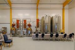 Distilleria di Smakbyn nelle isole di Aland immagine stock