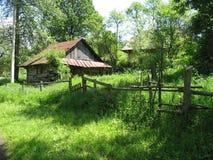 Distinctief dorp onder de bergen Royalty-vrije Stock Foto
