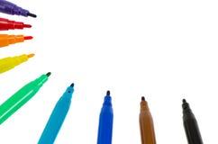Distinkt pennor för färgfiltspets som isoleras på white arkivfoto