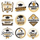 Distintivi d'annata di vettore del laureato dello studente Etichette di celebrazione di graduazione illustrazione di stock