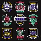 Distintivi di sport Progettazione grafica per la maglietta Immagine Stock