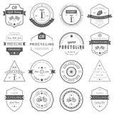 Distintivi e riciclaggio del logos Immagini Stock