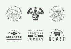 Distintivi ed etichette di logo di arti marziali e di pugilato nello stile d'annata Manifesti motivazionali con le citazioni ispi royalty illustrazione gratis