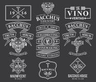 Distintivi ed icone del vino bianchi sul nero C stabilita Fotografie Stock Libere da Diritti