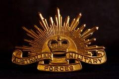 Distintivo australiano dell'esercito sul nero Immagine Stock Libera da Diritti