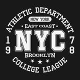 Distintivo d'annata, tipografia di sport atletico per la stampa della maglietta Stile della squadra di college Grafico della magl illustrazione vettoriale