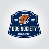 Distintivo dell'annata della testa di cane del bassotto tedesco Fotografia Stock Libera da Diritti