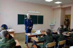 Distinto piloto militar soviético, Nikolai Moskvitelev Coronel-geral uma lição da coragem no corpo do cadete fotografia de stock royalty free