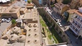 Distretto di Abanotubani, bagni solforici pubblici, posto storico a Tbilisi, Georgia archivi video