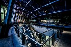 Distretto di Milan Porta Garibaldi Piazza Gael Aulenti Scena di notte Immagini Stock