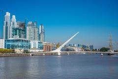 Distretto di Puerto Madero a Buenos Aires, Argentina immagini stock