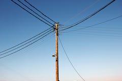 Distribuição da corrente elétrica em Sifnos Ilhas de Cyclades, Grécia imagens de stock royalty free