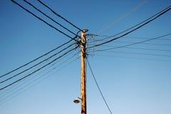 Distribuição da corrente elétrica em Sifnos Ilhas de Cyclades, Grécia imagem de stock