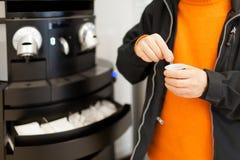 Distributeur automatique de café Photo stock