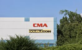 Distributeur de pneu de pièce de monnaie de double de CMA Images libres de droits