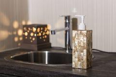 Distributeur de savon de main Photo stock
