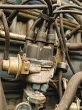 Distributeur de voiture avec le fil de bougie d'allumage Image stock