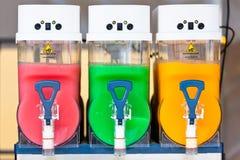 Distributeurs écrasés de boissons de glace Images libres de droits