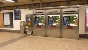 Distributeurs automatiques de Metrocard banque de vidéos