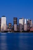 District financier de Manhattan au coucher du soleil du Jersey photo stock