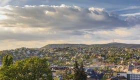 District van Buda in BudapestThe-mening van de kasteelheuvel stock foto's