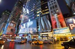 Districto en la noche, Manhattan, NYC del teatro Fotografía de archivo