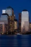 Districto financiero de Manhattan en la puesta del sol de Jersey Fotografía de archivo