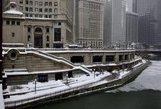 Distrito cívico de Riverwalk nevado fotos de archivo