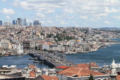 Distrito da ponte e do Karakoy de Galata na cidade de Istambul Foto de Stock