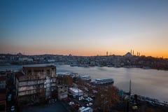 Distrito de Fatih, paisagem da cidade do por do sol Imagem de Stock