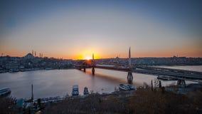 Distrito de Fatih, paisagem da cidade do por do sol Foto de Stock Royalty Free